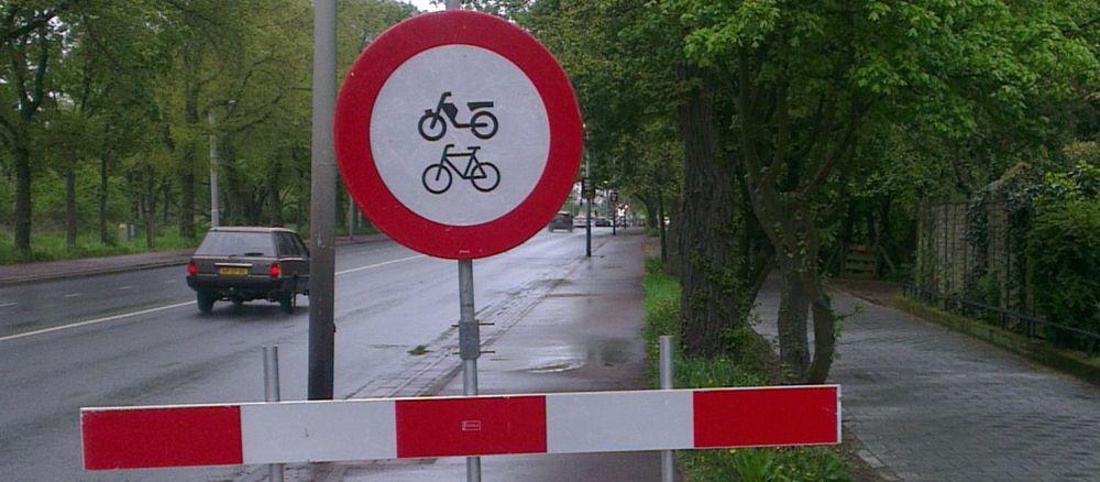 Fietsverbod bij blog met 50 smoezen om niet naar je werk te fietsen